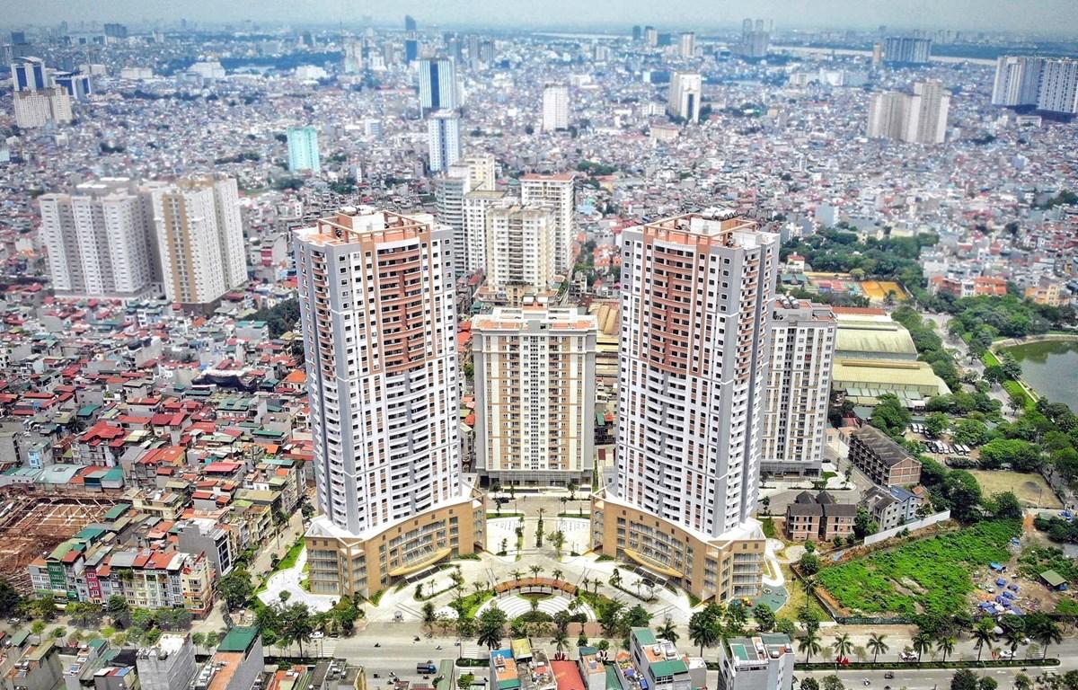 Thị trường bất động sản: Cơ hội dành cho nhà đầu tư 'dài vốn'   Bất động sản    Vietnam+ (VietnamPlus)
